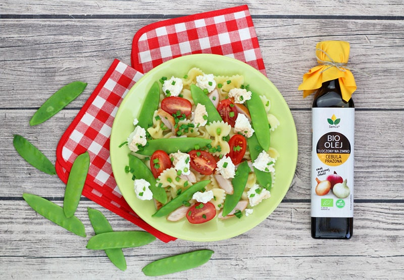 Sałatka z Warzywami, Makaronem i BIO Olejem Słonecznikowym o smaku Cebuli Prażonej